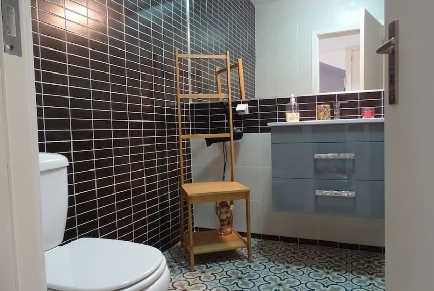 shower room sink