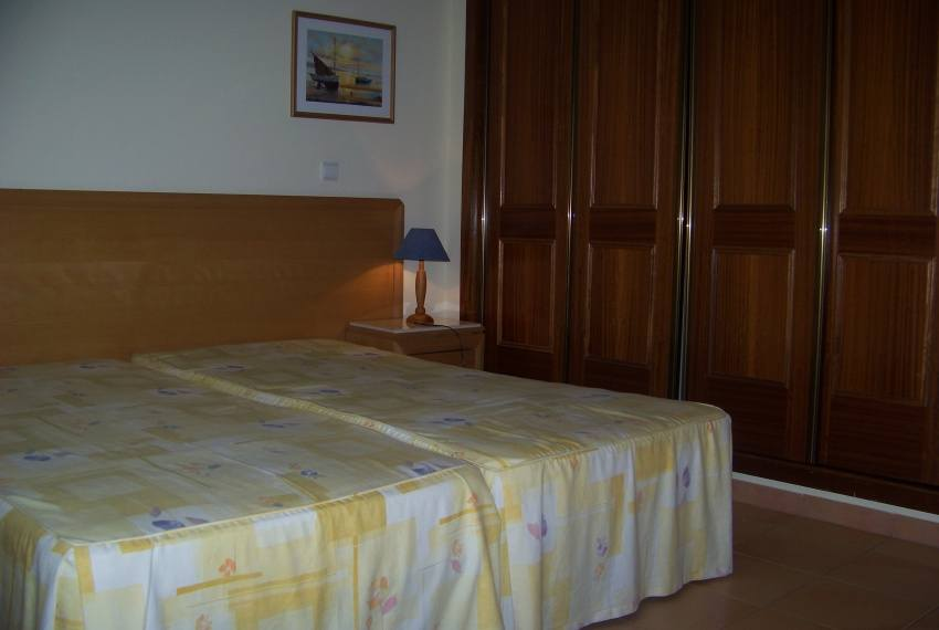 Bedroom2_b