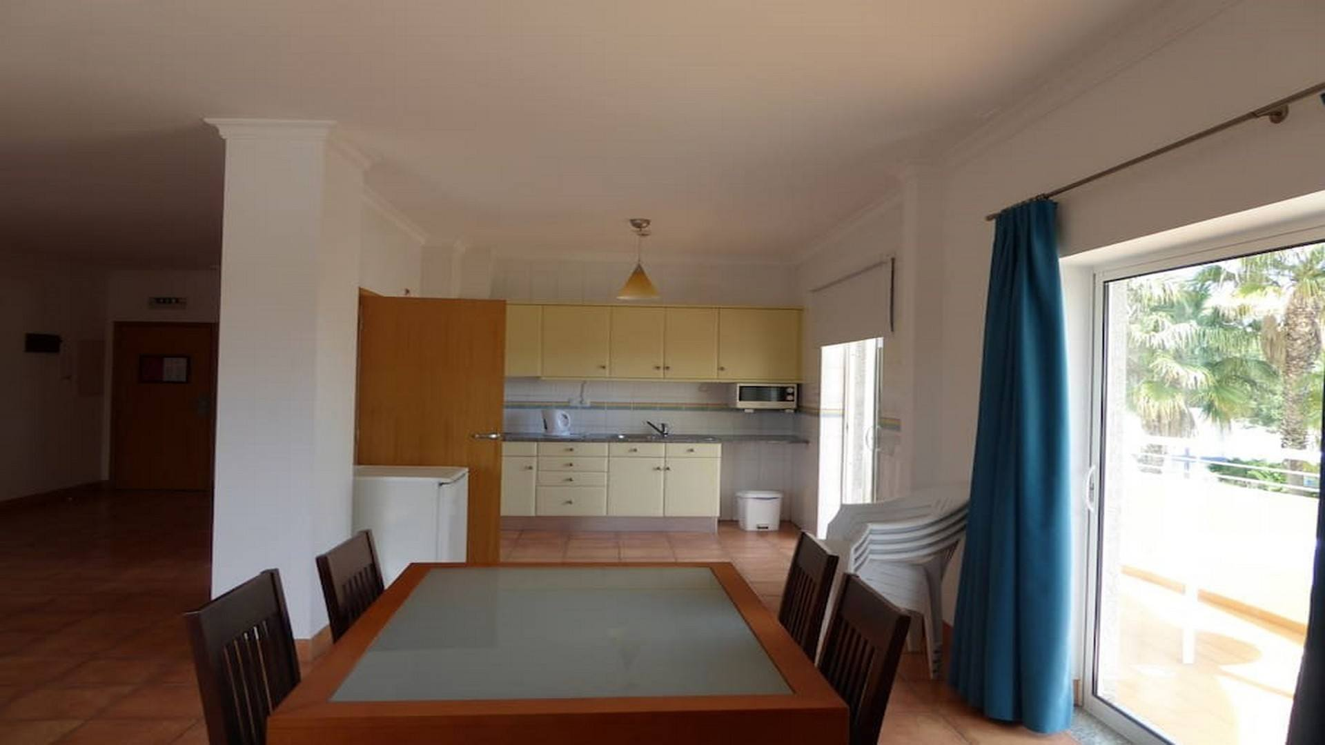 Spacious one bedroom apartment with pool by porto de m s beach sw pm see you soon for Spacious one bedroom apartment